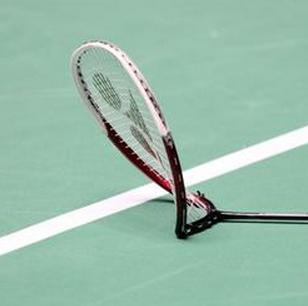 Racket wisselen tijdens de rally — Badmintonclub Geldrop
